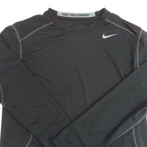 best website 17f0a 611f5 Nike Men s Athletic Shirt L CL517 0419